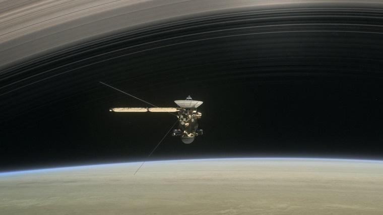 Cassini'nin Satürn'e çakılmadan önceki son görüntüleri yayınlandı
