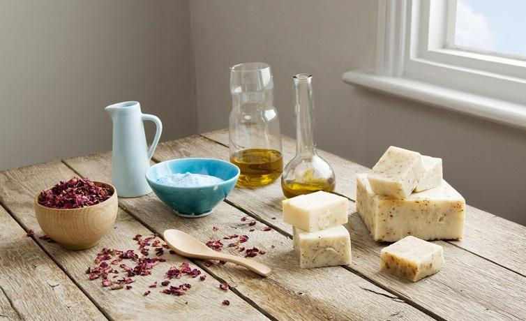 Ev yapımı peeling sabun tarifi ile vücuttaki ölü derilerden kurtulabilirsiniz!